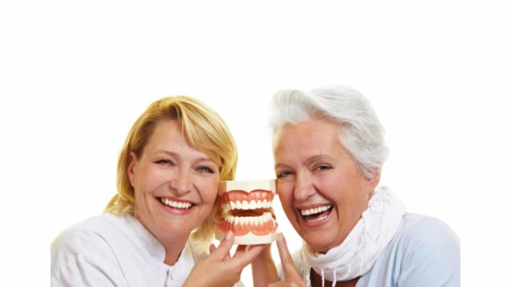 Кто имеет право на бесплатное протезирование зубов